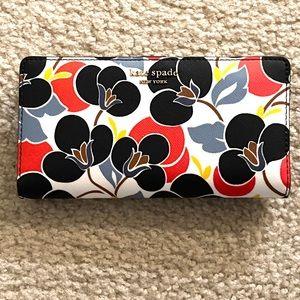 NWT Kate Spade bifold wallet